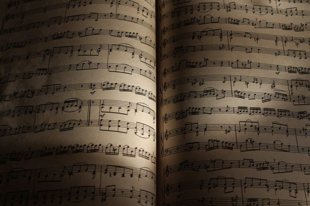 sheet-music-2656005_1280